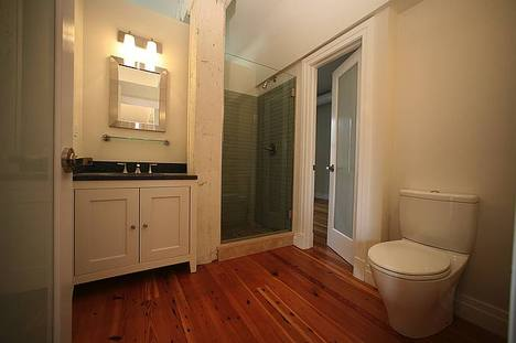 Cromley Lofts - Bathroom