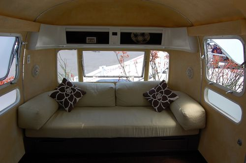 Airstream-living-green
