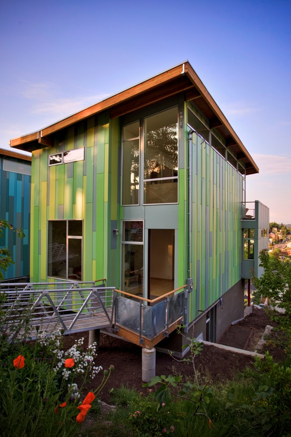 Jetson green vibrant columbia city green homes for Sustainable homes design