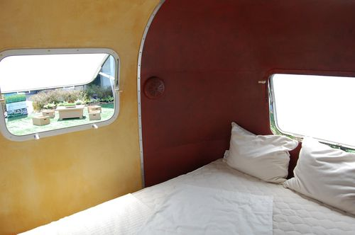 Airstream-bedroom