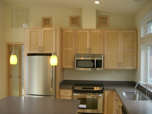 Jetson green green ideabox set in port townsend for Prefab kitchens prestons