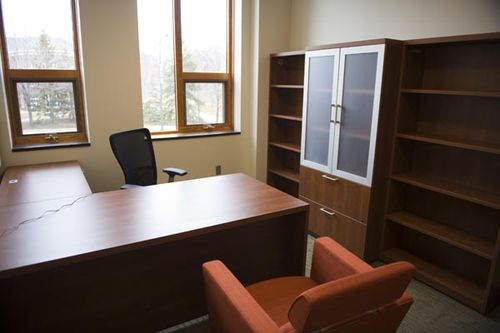 Macalester-college-desk