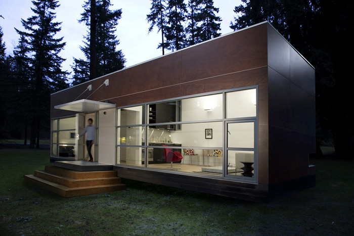 Jetson green green simplicity with a preform prefab - Houston container homes ...