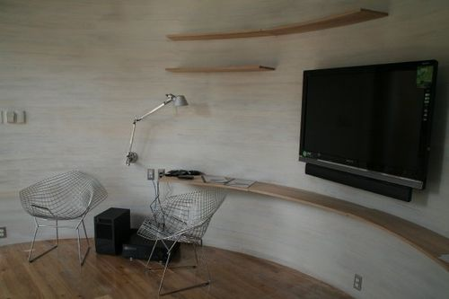 Silo-house-desk-space