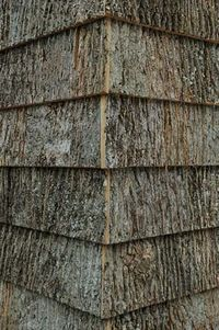 Bark-shingle-corner-detail