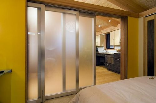Fabcab-seattle-home-show-sliding-doors