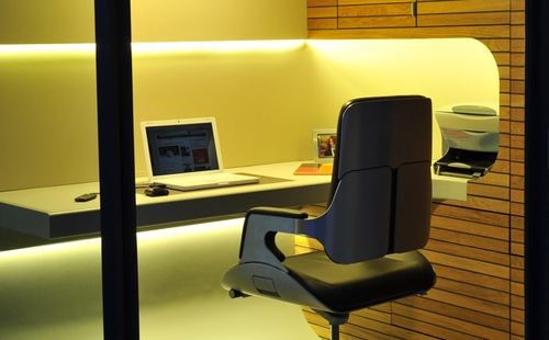 Officepod-interior-desk