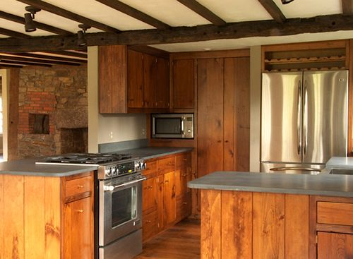 Shelley-house-1709-stone-kitchen