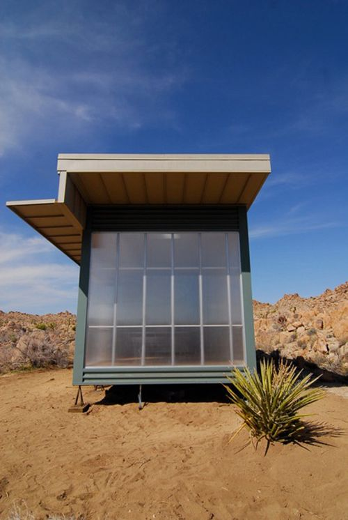 Office-of-mobile-design-jennifer-siegal-desert