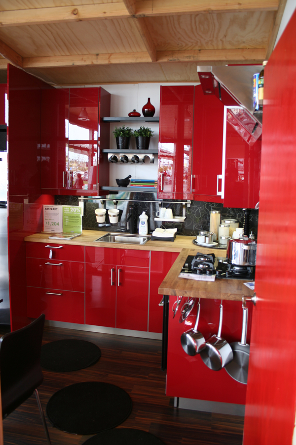 Jetson green downsizing with ikea modular dwelling for Readymade kitchen