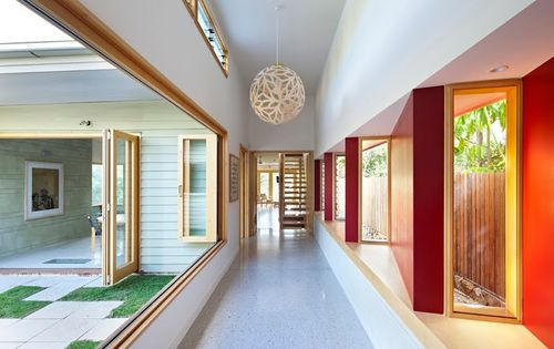 Hill-end-ecohouse-gallery-hall