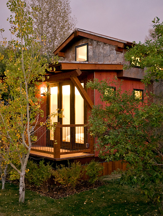 Jetson green low impact tiny cabin in jackson hole for Cabins in jackson hole