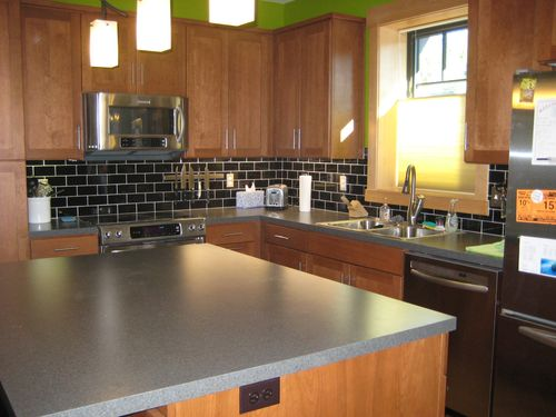 Rue-evans-passive-house-oregon-kitchen