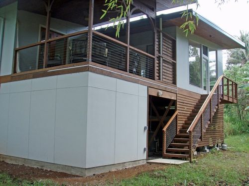 Steely-kehuna-beach-hawaii-green-exterior