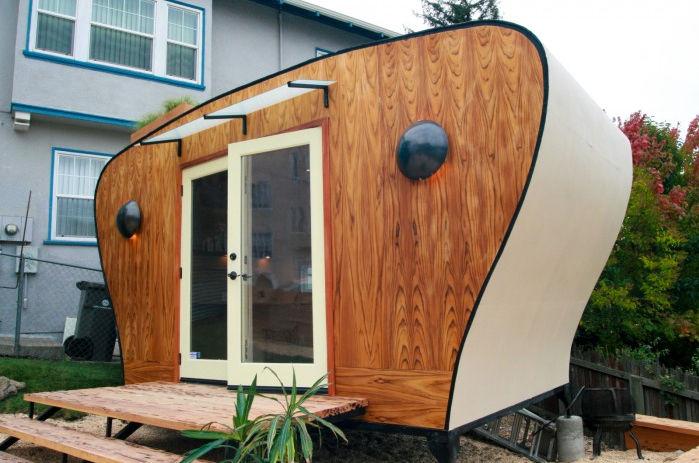 Jetson green tiny green work pod from sustainsia for Portable shed office