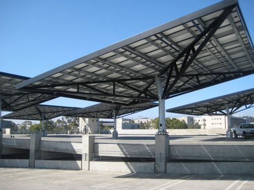 UCSD-gilman-solar-tree-single
