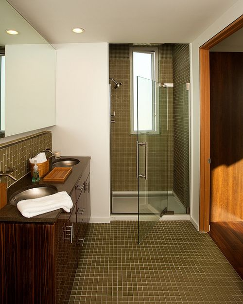 Newport-beach-living-home-bathroom