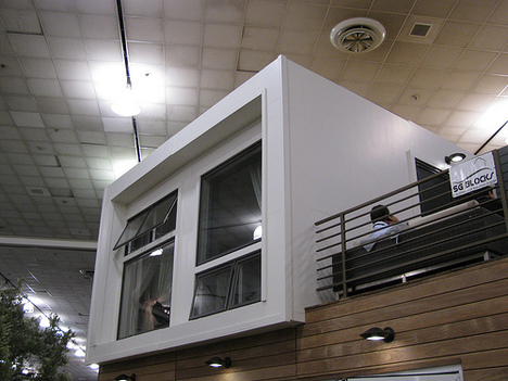 Jetson Green Harbinger Container Home At Wcg 2008