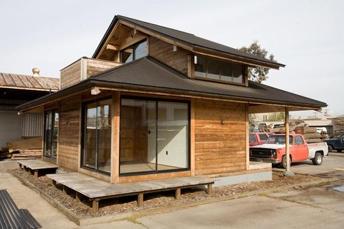 Jetson green simple post and beam prefab live edge for Minimalist house kit