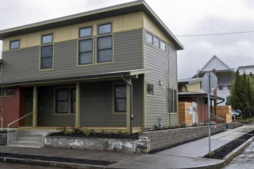 Jetson green two portland habitat for humanity homes for Leed platinum home