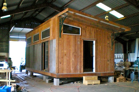 Jetson green eco prefab house hits dwell on design for Dwell prefab homes cost