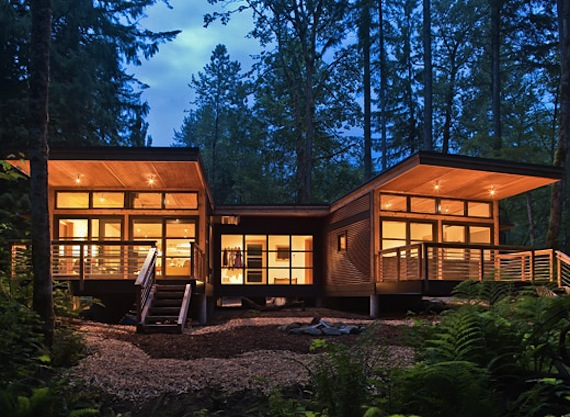 Jetson green 20 fabulous green prefabs of 2010 for Building a house in washington state