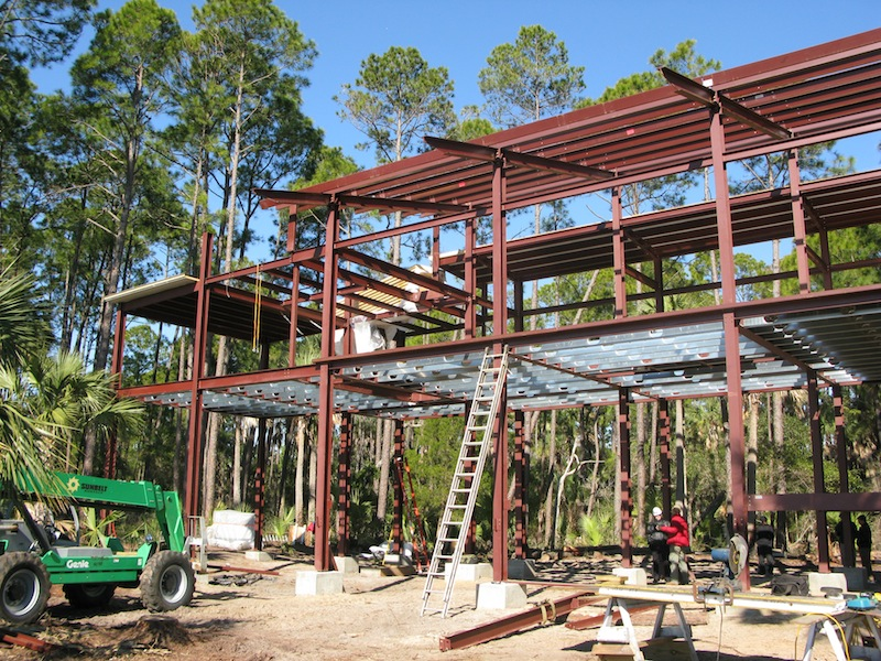 Jetson green off grid prefab home on cusabo island for Ecosteel homes