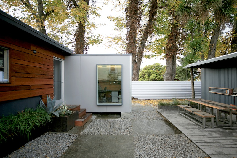 Jetson green two container backyard office in oakland for Building a home office in backyard