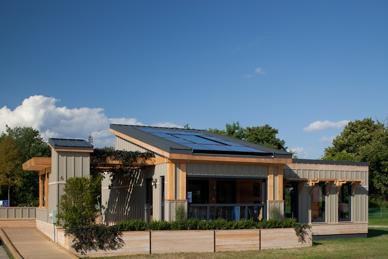 Jetson green stunning net zero energy homes of 2011 for Tidewater homes