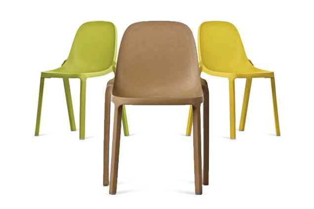 Jetson green starck sweeps in with emeco broom chair for Sedie stark