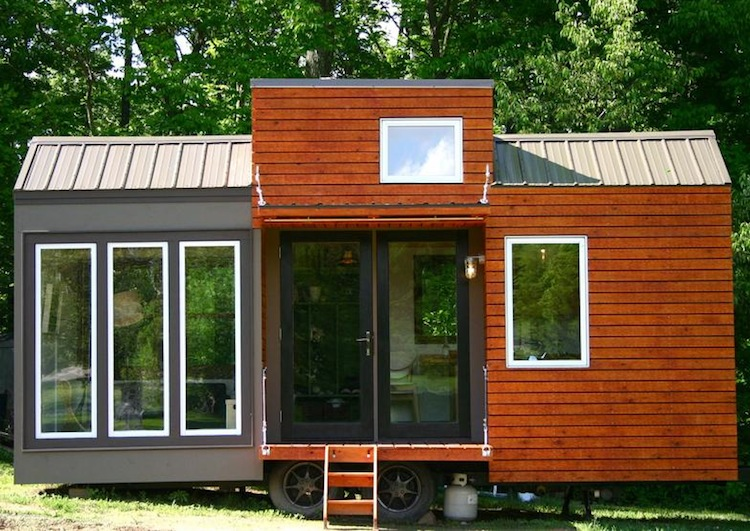 Jetson green ohio modern tiny house for the lofty for Small house design on wheels