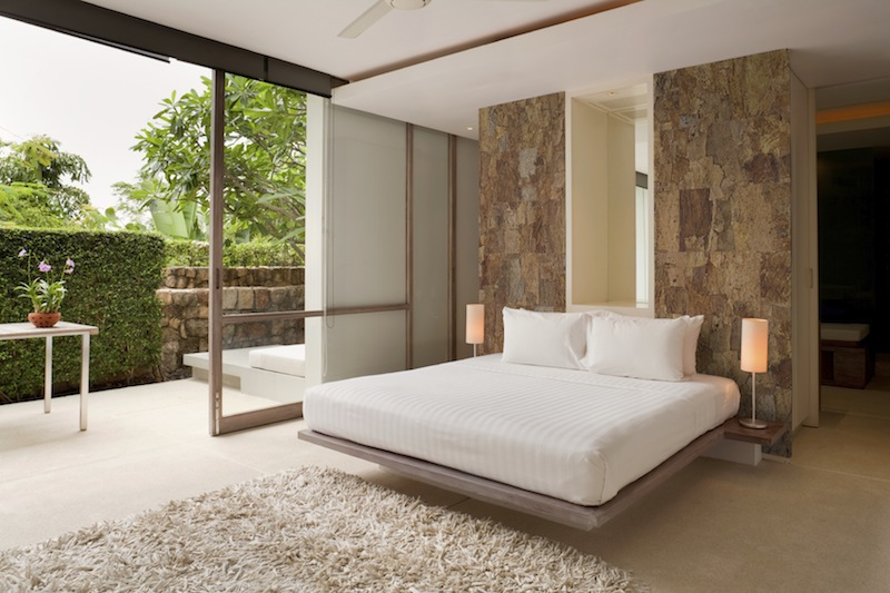 Jetson green new cork wall tiles by cali bamboo for Cork flooring in bedroom
