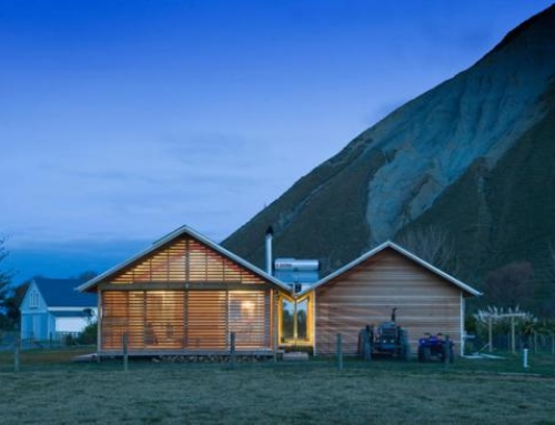 Shoal Bay House Offers a Minimalist Retreat Along Hawkes Bay
