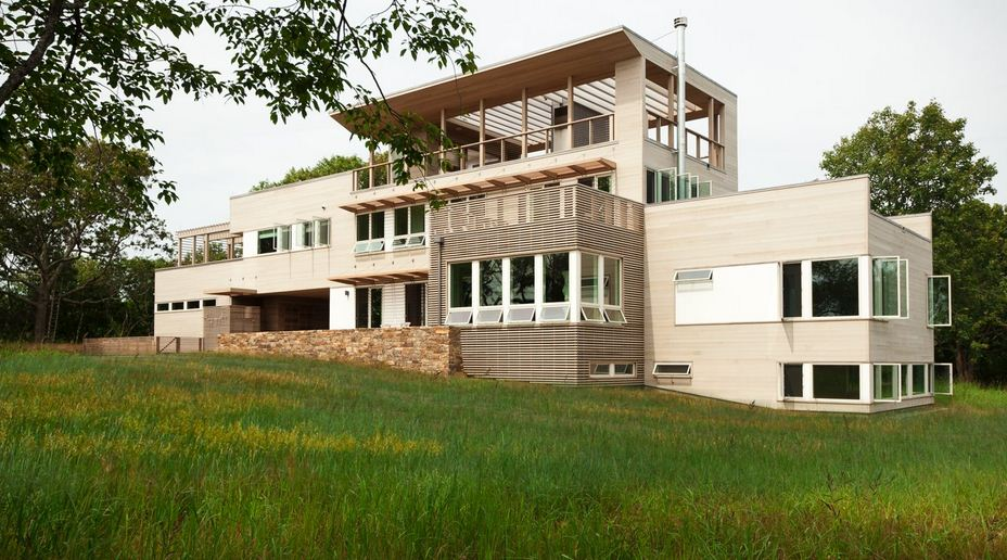Jetson green prefab fishers island house steps up the for Modern modular homes 4 bedroom