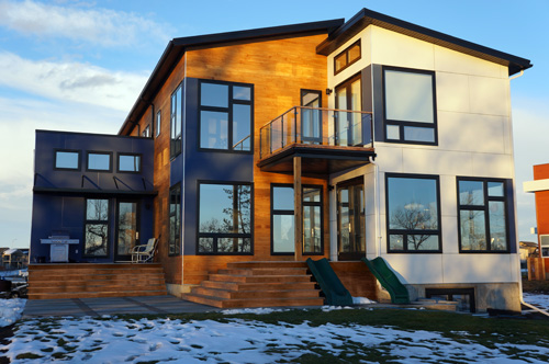 Jetson green prefab hive modular house in canada for Hive container homes