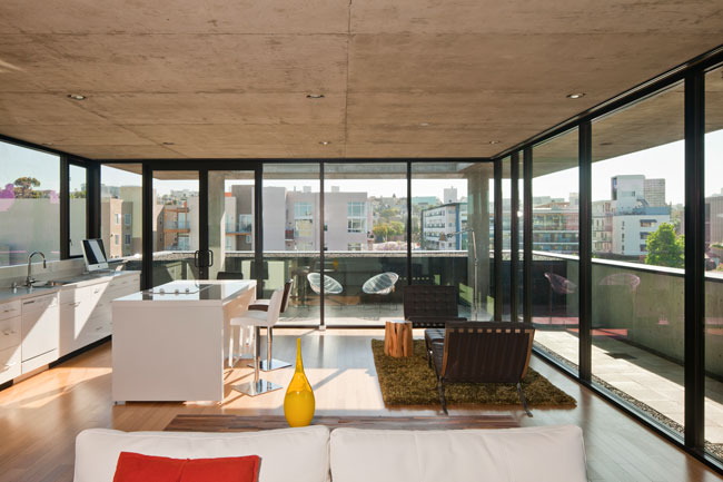 Residents of The Q Experience Luxurious James Bond Lifestyle with Solar Power