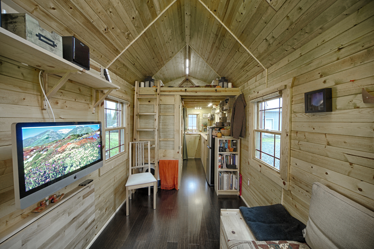Jetson Green Tiny Tack House Transforms Tacks into Tiny Home