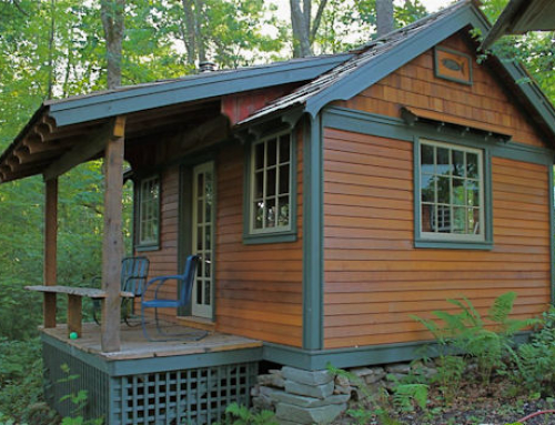 Try Before You Buy: Tiny Cabins by Hobbitat at Ecotourism-Friendly Blue Moon Rising