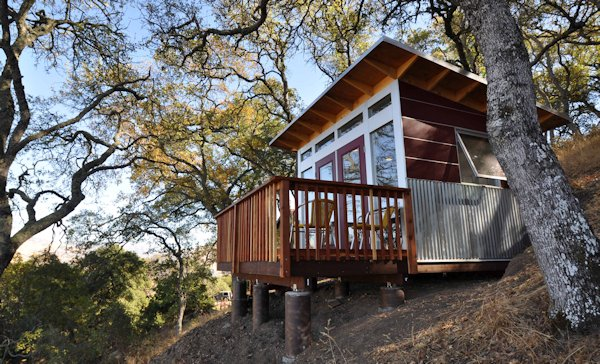 Studio-Shed-Hillside-Home-Office