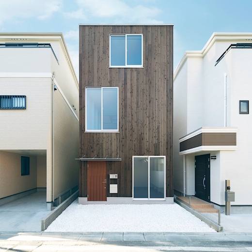 New Muji Vertical House Is Only Fourteen And A Half Feet: Simple And Minimalistic Prefab House From MUJI