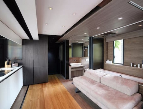 Tiny Yet Spacious Home in Hong Kong