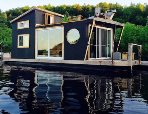 Gorgeous Houseboat