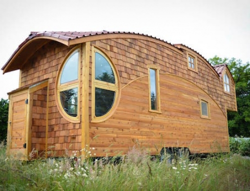 Imaginative Off-The-Grid Tiny Home