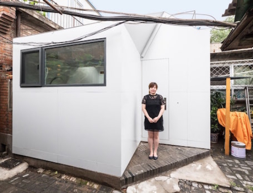 Tiny Prefab Home That's Very Easy to Assemble