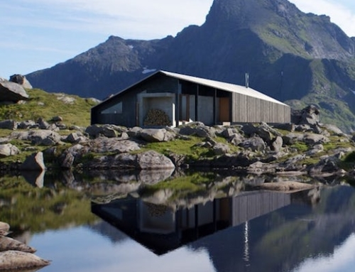 Luxury Prefab Off-The-Grid Cabin
