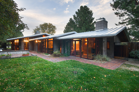 Jetson Green Pinon House Mid Century Modern Renovation Reveals Natural Aesthetic