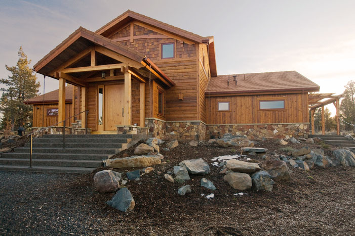 Jetson Green - Traditional Green Home That's Off-Grid