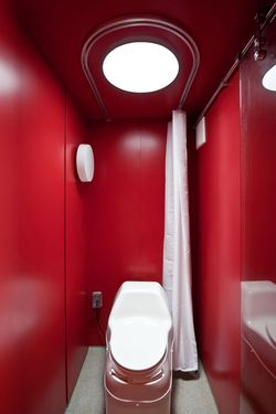 San-antonio-container-bathroom