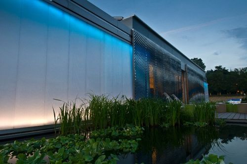 Lumenhaus-virginia-tech-sdeurope-water-night