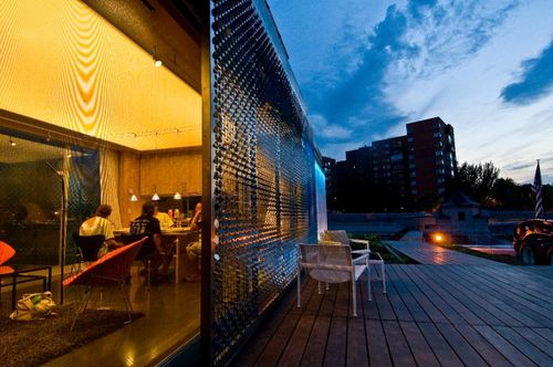 Lumenhaus-virginia-tech-sdeurope-deck-night